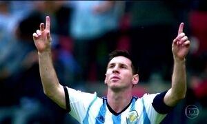 Messi faz aniversário e é parabenizado por craques e Cavalinho da Argentina