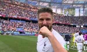 Jovem time da França vence Uruguai e avança cada vez mais confiante