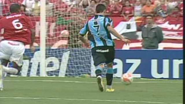 948a8f4389 Melhores momentos  Internacional 0 x 2 Grêmio pela final do Gaúcho 2010