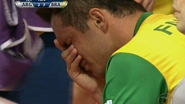 Brasil vence Argentina de virada por 3 a 2 em jogo emocionante