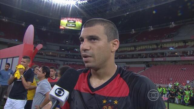 Após título, Neto Baiano volta a provocar: 'Ganhar do Náutico é sempre fácil'