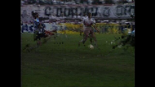 Em 1997, São Paulo vence o Grêmio por 2 a 1 pela Copa dos Campeões