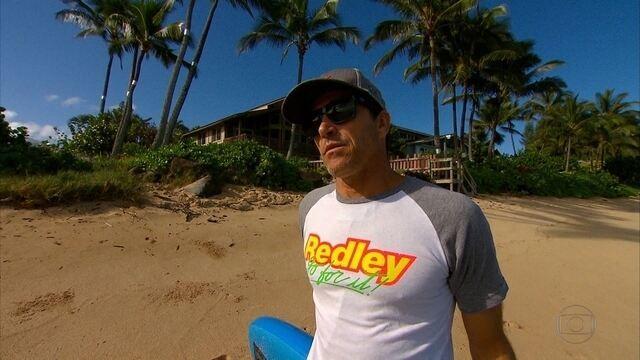 BLOG: Especial Havaí: pernambucano Carlos Burle é referência no mundo das ondas gigantes