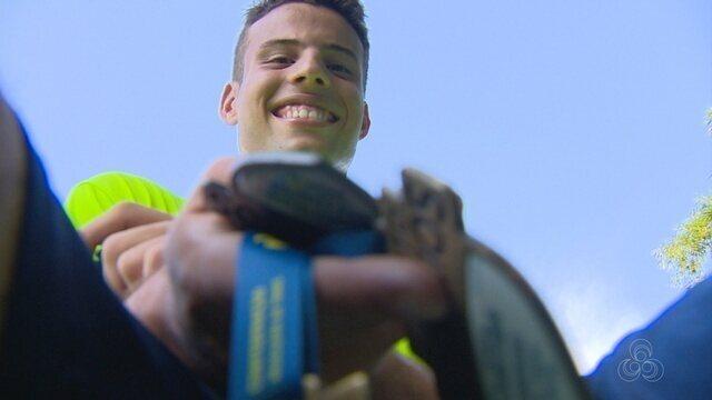"""""""Graduado"""" no exterior, Guilherme Diniz é forte nome do tênis amazonense"""