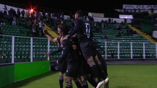 Os gols de Figueirense 4 x 2 Flamengo pela Copa Sul-Americana