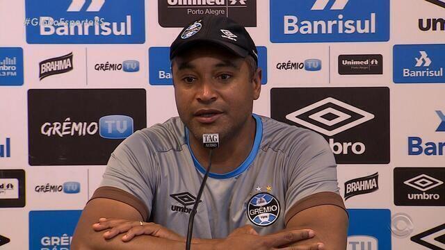 Roger fala sobre expectativas para jogo contra Atlético Mineiro
