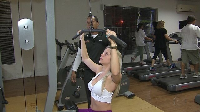 Quadro Eu Atleta mostra jovens que entraram na academia para ganhar massa muscular