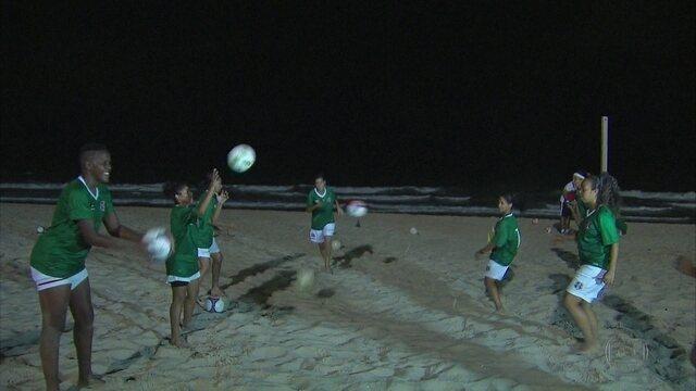 Depois de 11 anos parado, futebol feminino do Santa Cruz retorna, mesmo com dificuldades