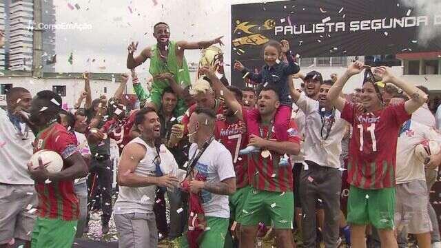 Torcedores da Portuguesa Santista revelam a paixão pelo clube