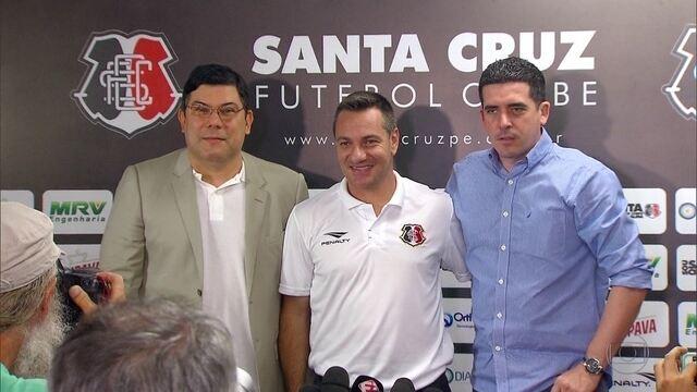 Doriva deixa o Santa Cruz faltando sete rodadas para o fim da Série A