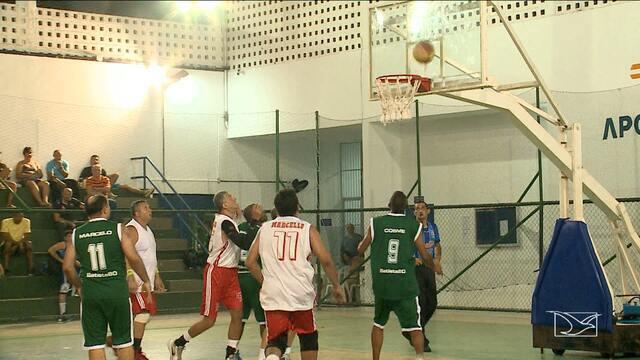 São Luís recebe torneio de basquete master