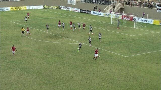 Primeiro tempo de Tombense x Atlético-MG pelo Campeonato Mineiro