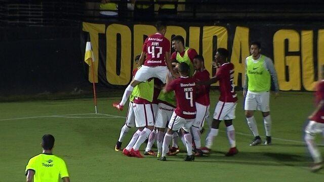 Os gols de Criciúma 1 x 3 Internacional pela 3ª rodada da Primeira Liga 2017