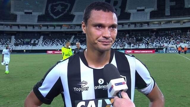 """Emerson fala sobre o 2º tempo ruim do Botafogo: """"O jogo estava dominado"""""""