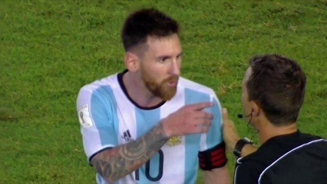 Messi reclama de arbitragem brasileira na vitória da Argentina sobre o Chile