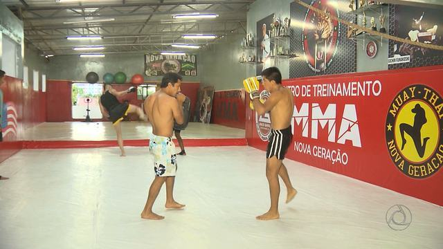 Sul-Americano de Muay Thai agita a noite de sábado em Campina Grande