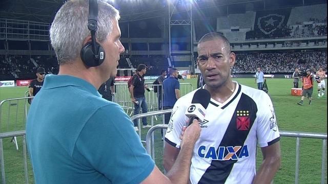 """Rodrigo fala das dificuldades do Vasco e vibra com título: """"Só é lembrado quem ganha"""""""