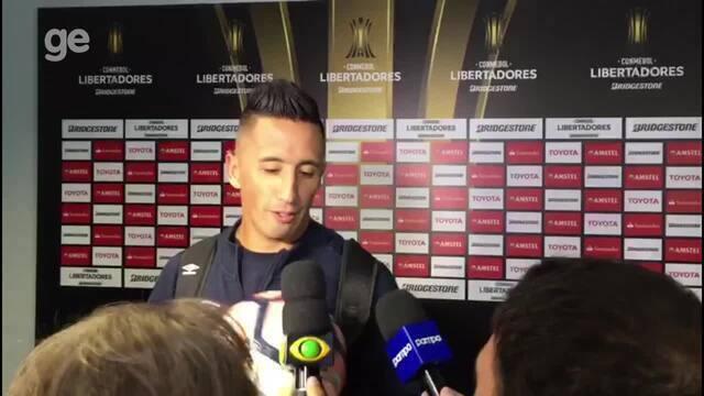Após marcar três vezes, Barrios rechaça pressão por gols e leva bola do jogo para casa