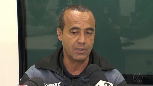 Técnico do Tupi-MG monta equipe para buscar vitória contra Joinville