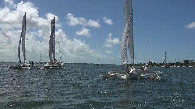Paraibano de Vela Oceânica reúne barcos de três classes na Praia do Jacaré