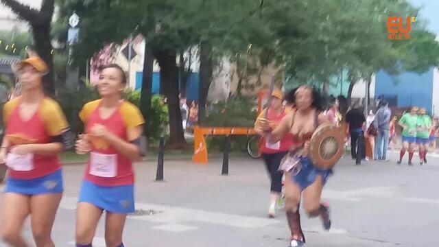 Eu Atleta participa da corrida da Mulher Maravilha, em São Paulo