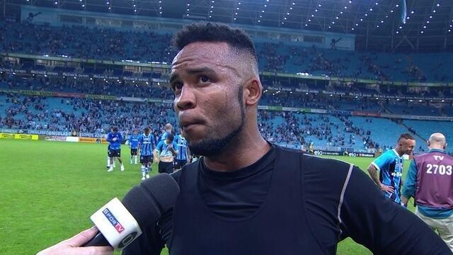"""Carlos Alberto, sobre placar do jogo contra o Grêmio: """"Não tem justificativa"""""""
