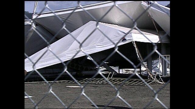 Vento derruba estrutura do Estádio de Beisebol durante o Pan do Rio em 2007