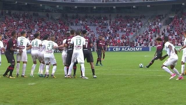 Os gols de Atlético-PR 3 x 1 Fluminense pela 24ª rodada do Brasileirão 2017