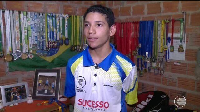 Piauiense se destaca no Badminton nos Jogos Escolares em Curitiba