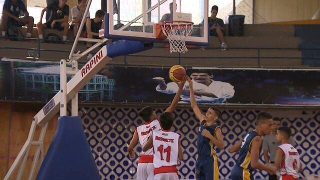Time de basquete de Caiçara encerra participação nos Jogos Escolares da Juventude
