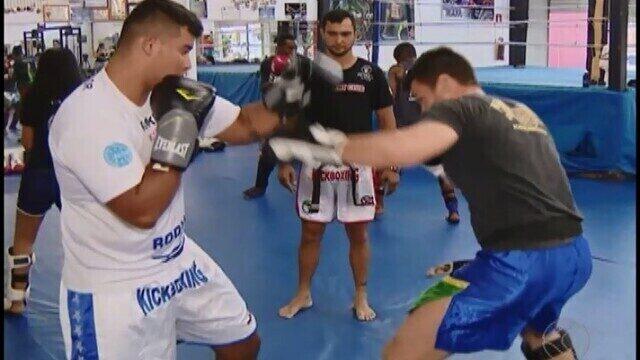 Lutadores de Uberlândia ganham garantem vaga em competições internacionais de kickboxing
