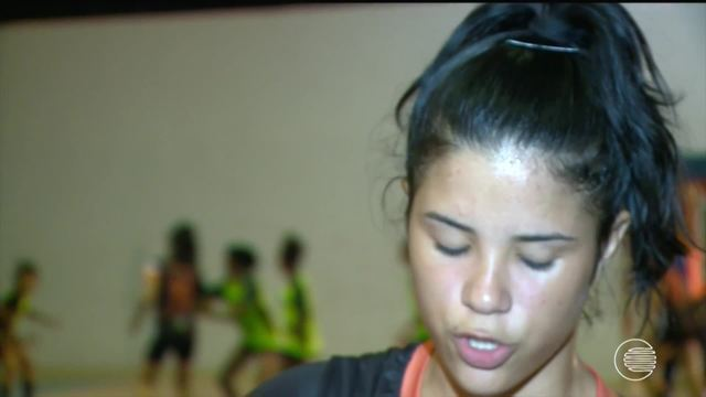 Time de handebol do Piauí prata nos Jogos da Juventude tem cantora de primeira