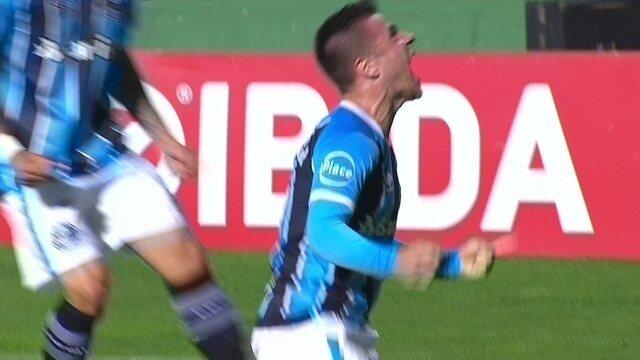 O gol de Coritiba 0 x 1 Grêmio pela 28ª rodada do Campeonato Brasileiro 2017