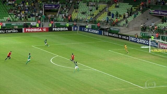 Sport até inicia bem, mas acaba sendo goleado pelo Palmeiras e se complica ainda mais