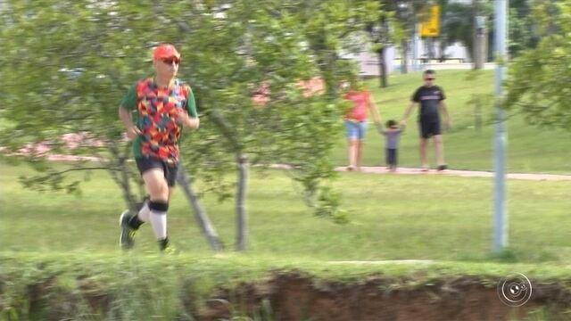 Disposição é com ele: Aos 70 anos, Hermes participa de maratona no Saara