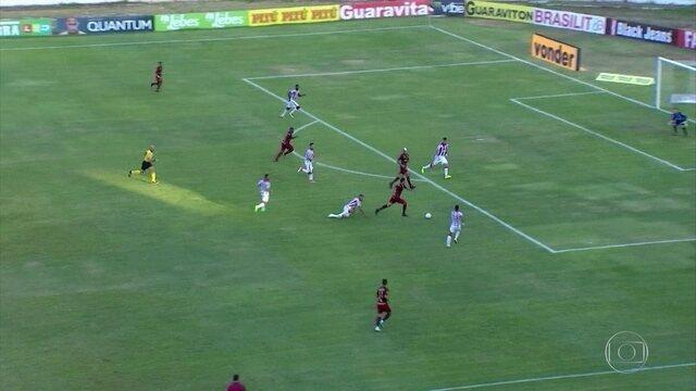Em despedida do Recife na temporada, Náutico perde mais uma na Série B
