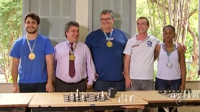 Equipe de Xadrez é campeã dos Jogos Abertos de 2017