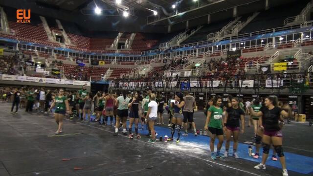 Evento reúne praticantes de Crossfit para competição