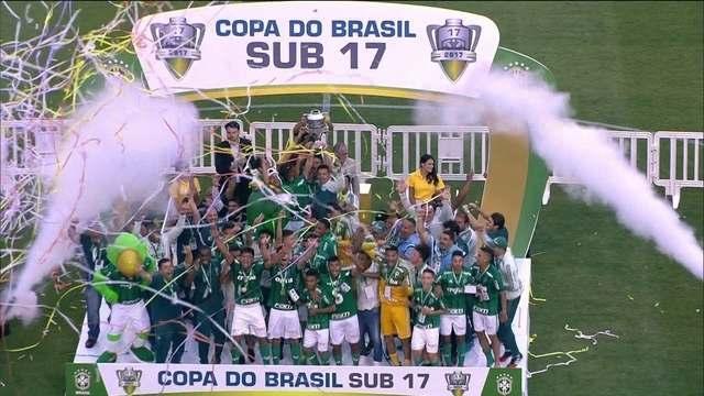 Cereto elogia geração sub-17 do Palmeiras