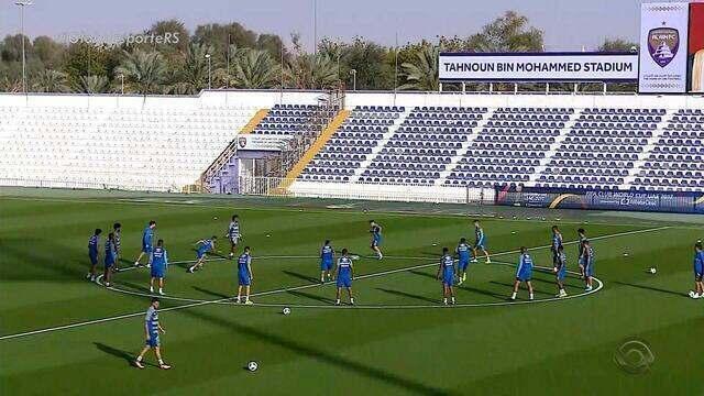 Jogadores do Grêmio focam em treinamento para a semifinal do Mundial