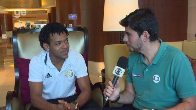 """Romarinho espera """"deitar"""" contra o Real Madrid e diz como parar CR7: """"Só batendo"""""""