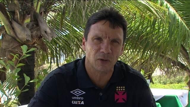 Internautas perguntam, e técnico do Vasco, Zé Ricardo, responde