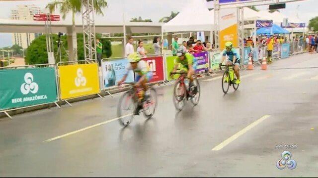 Primeiros vencedores das ciclísticas Aguinaldo e Amélia Archer Pinto
