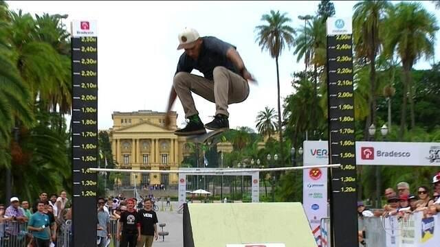 Equipe azul vence o desafio Skate e Diversão, dos Jogos Urbanos