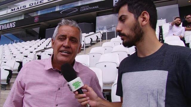 Em treino aberto na Arena, Mauro Naves analisa semana importante do Corinthians