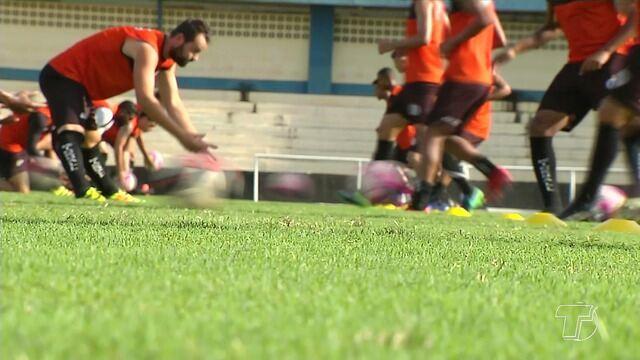São Raimundo faz treino coletivo e ajustes para enfrentar o Bragantino