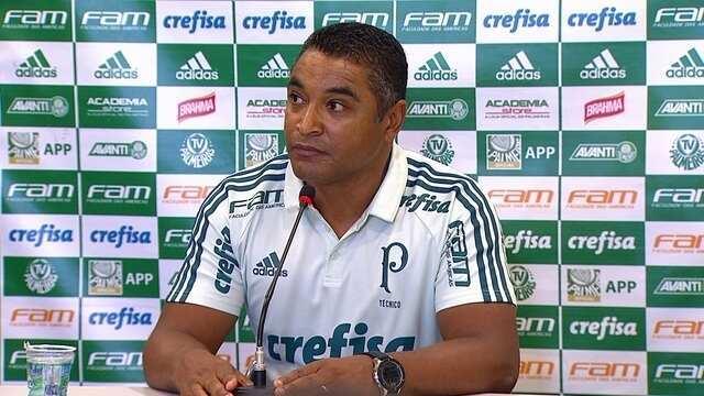 Roger Machado fala sobre a atuação do Palmeiras no Dérbi