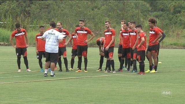 Com técnico novo, Joinville quer retomar o caminho das vitórias contra o Hercílio Luz