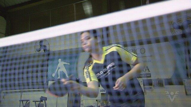 Mesatenista Giovanna Faria Grilo treina para defender o Brasil no Sulamericano Infantil
