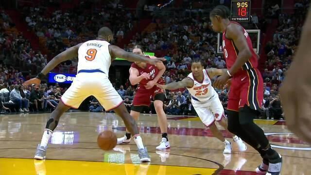 Melhores momentos: New York Knicks 98 x 119 Miami Heat pela NBA